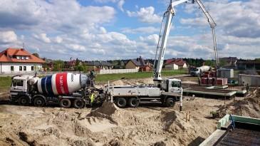 realizacja projektu LK&903 zalewanie fundamentów