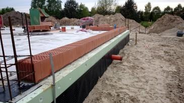 realizacja projektu LK&903 murowanie ścian parteru
