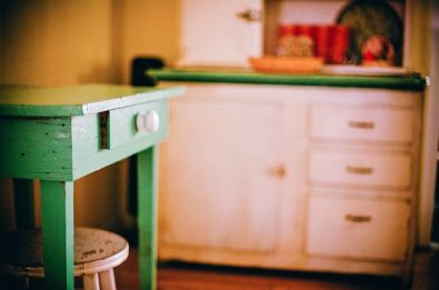 drewniany-stol-kuchenny
