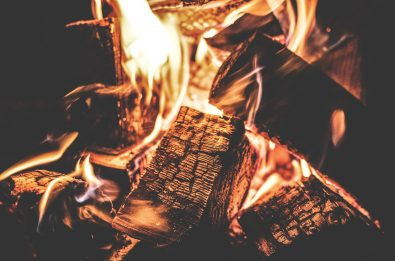 campfire-1853835_1280